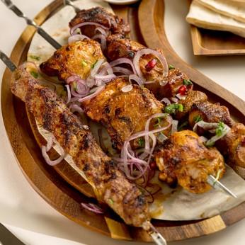 """""""Asorti Armēnija"""" - kakla karbonāde, jēra gaļa, vista"""